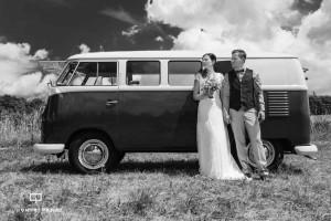 VW Bus Hochzeitspärchen Hochzeit vonQuerformat